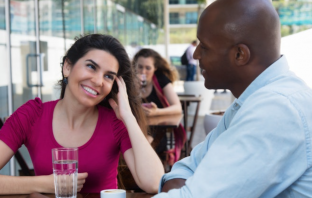 7 Good Conversation Topics For Dates That Create Attraction
