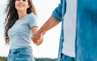 How Good Men Get A Girlfriend Without Trying