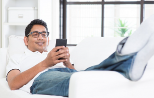 Three Tips For How To Text Your Girlfriend