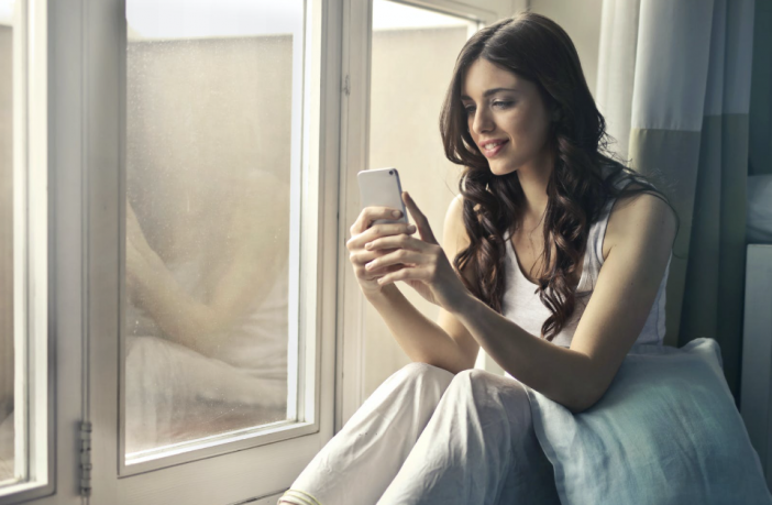 When To Text A Girl After Getting Her Number